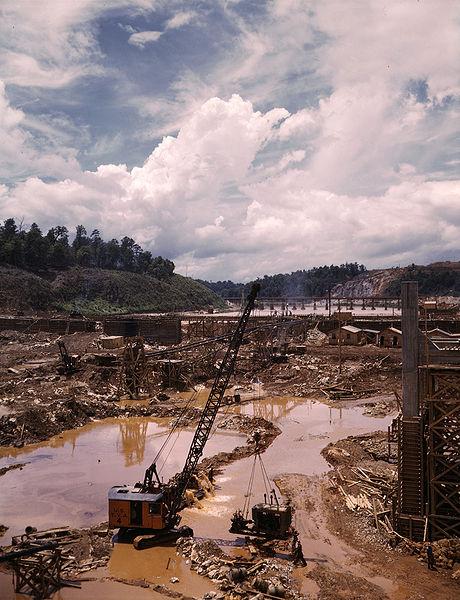 Douglas Dam Construction