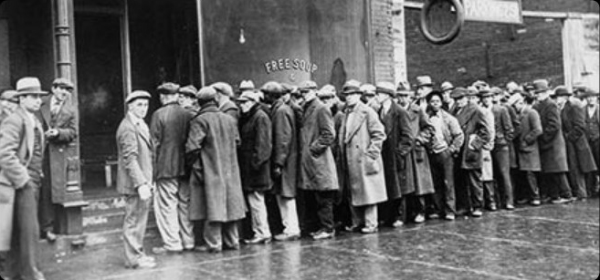 A line of people during the Great Depression - Photo from the Tennessee Valley Timeline